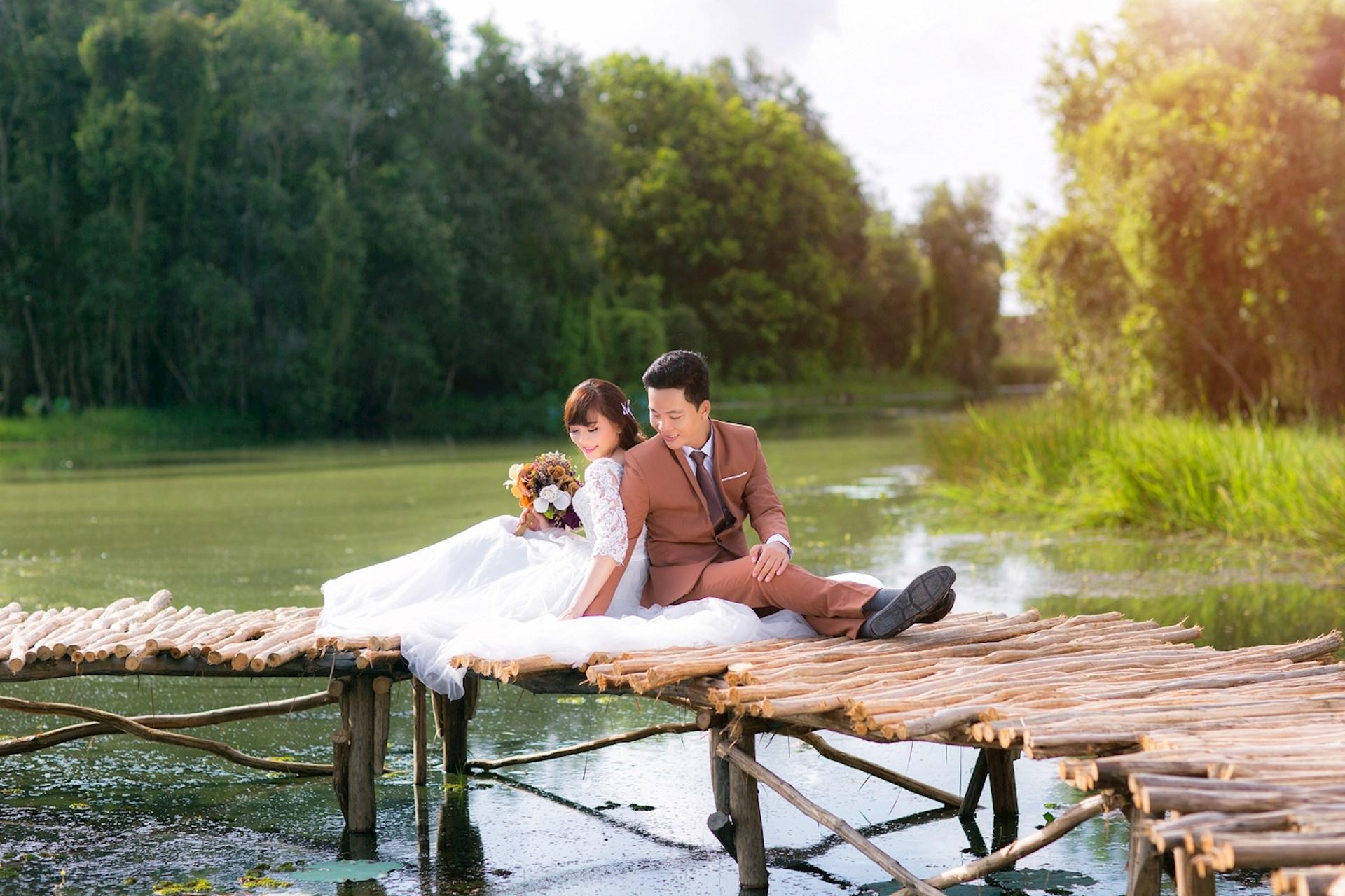 Bộ ảnh cưới tại Làng Nổi Tân Lập - Studio Hùng Vương