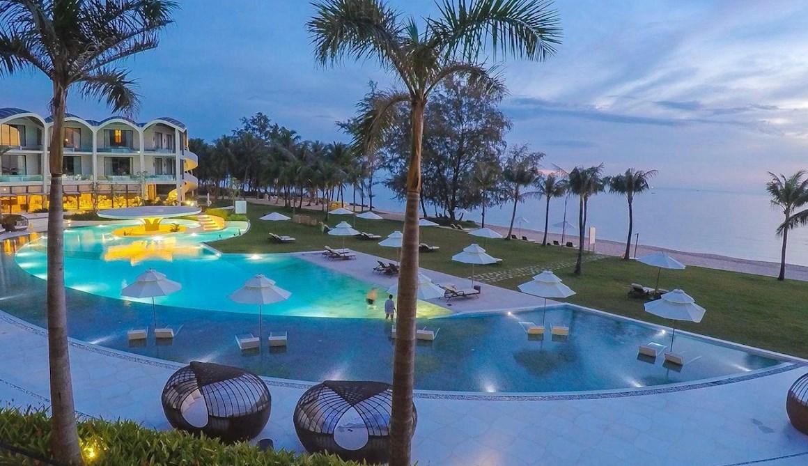 Nhân viên thực tập tại The Shells Hotel & Resort - Phú Quốc