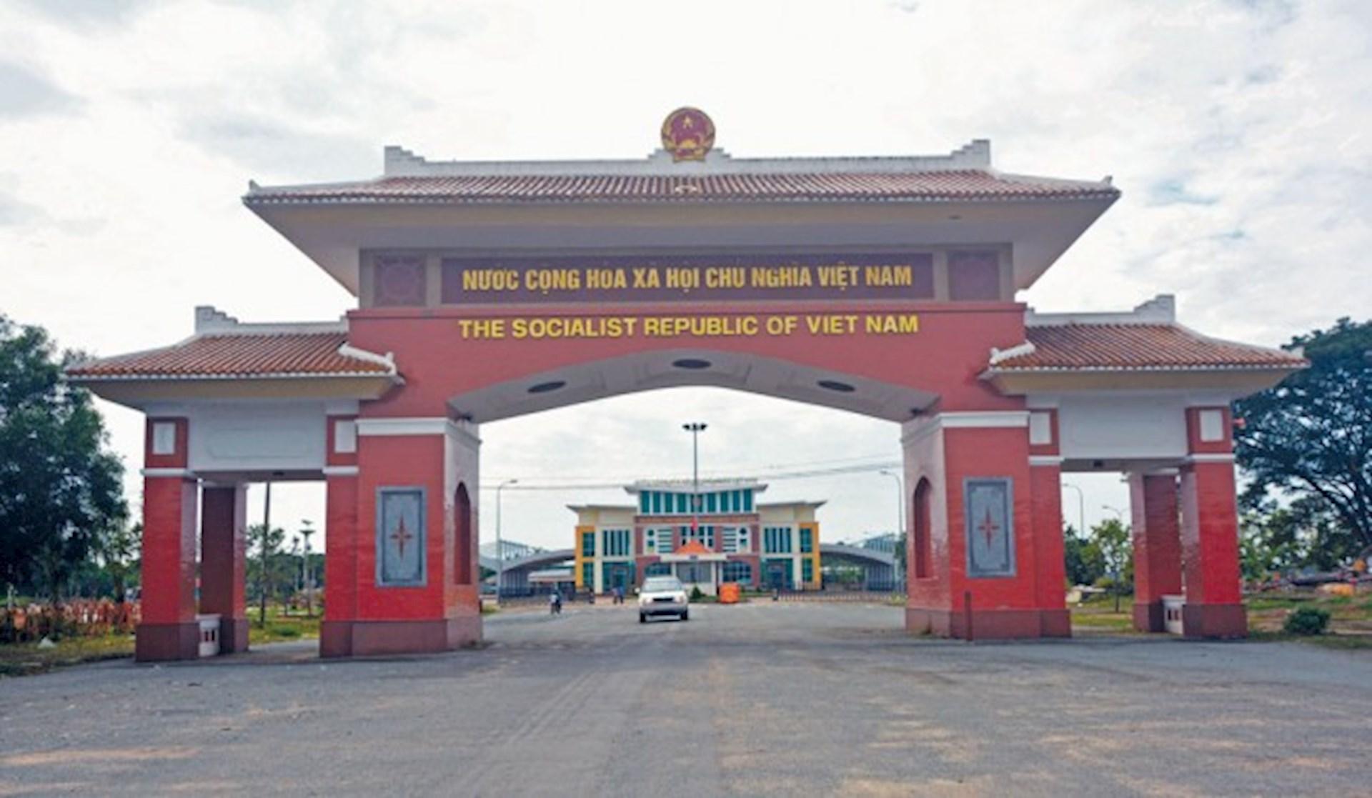 Khám phá tour 2 ngày 1 đêm:  Làng Nổi Tân Lập - Svay Rieng ( Campuchia )